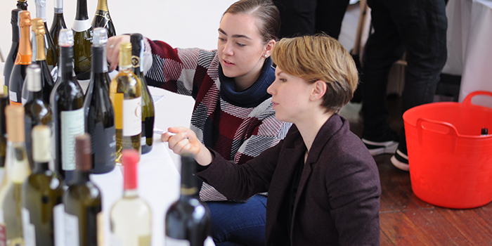 London Wine Competition - Judges at the Packaging Display