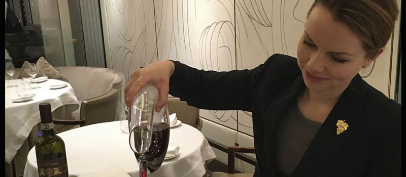 Photo for: What Makes a Good Sommelier